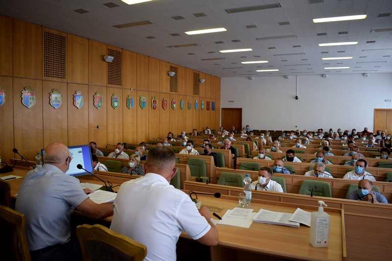 Відомо, хто очолить низку комунальних закладів та підпримств на Рівненщині, фото-1